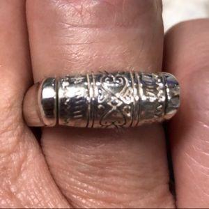 Brighton Ring !! Excellent condition. ❤️